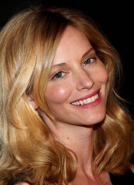 Sienna guillory Mockingjay Release & Hunger Games Dream Cast List