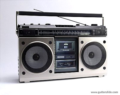 oldboombox.jpg