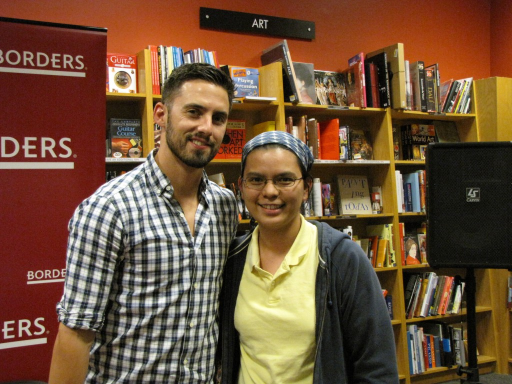 with milo 1024x768 Milo Ventimiglia Comic Book Signing