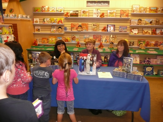 book signing barnesnoble redlands 1110 1 Monster Moon Week: Author Interview BBH McChiller, Curse at Zala Manor