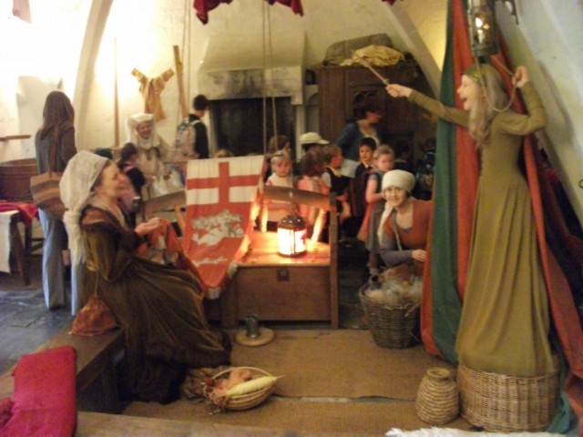 wax figures in the kingmaker exhibit modified England Day 2 Part 1: Warwick Castle
