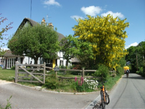 cottage England Day 8 Part 1: Ten Mile Bike Ride from Salisbury to Amesbury
