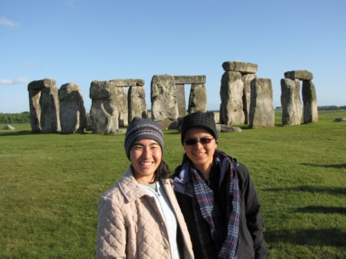maiko me stonehenge England Day 6 Part 2: Stonehenge Special Access Tour and Dinner at Da Vincis