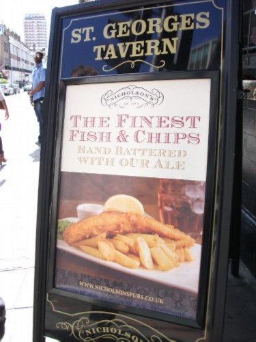 tavern sign England Day 5 Part 1: Windsor Castle & a Fish & Chip Lunch