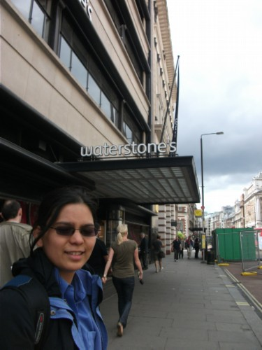 waterstones sign England Day 4 Part 1: Piccadilly Street, London