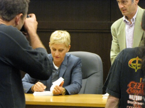 ellen degeneres signing Seriously... Im Kidding: Ellen Degeneres Book Signing at Barnes & Noble