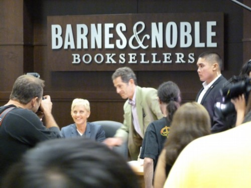 ellen degeneres surrounded by people Seriously... Im Kidding: Ellen Degeneres Book Signing at Barnes & Noble