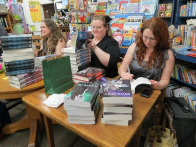authors signing stock Breathless Reads Tour   Andrea Cremer, Beth Revis, Jessica Spotswood & Marie Lu
