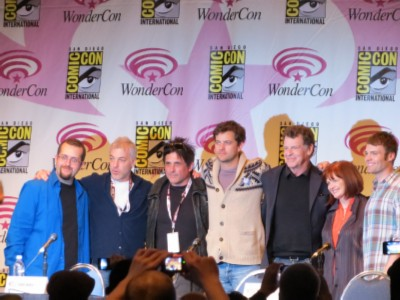 fringe cast Wondercon