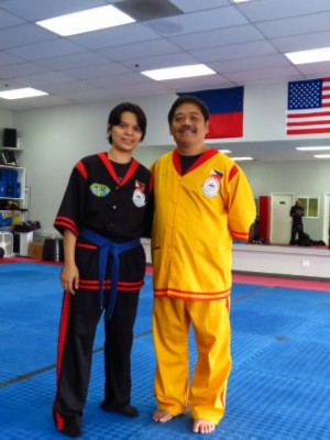 training picture with grandmaster dong cuesta training   picture with grandmaster dong cuesta