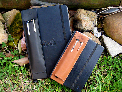 quiver pen leather holdder