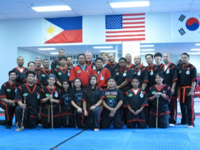 Doce Pares class picture