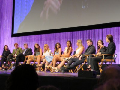 cast and producers complete Paleyfest: Pretty Little Liars