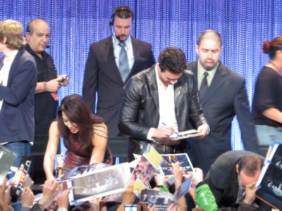 signing1 Paleyfest 2014: Marvel Agents of S.H.I.E.L.D.